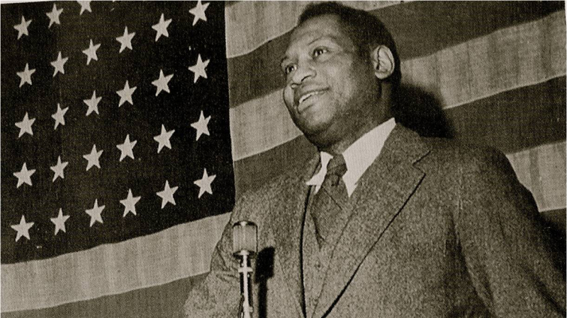 paul-robeson-american-flag
